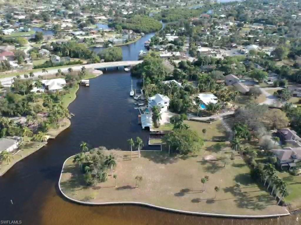 900 Robalo Drive Property Photo - FORT MYERS, FL real estate listing