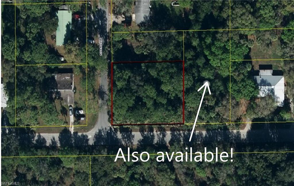 S Riverview Street Property Photo