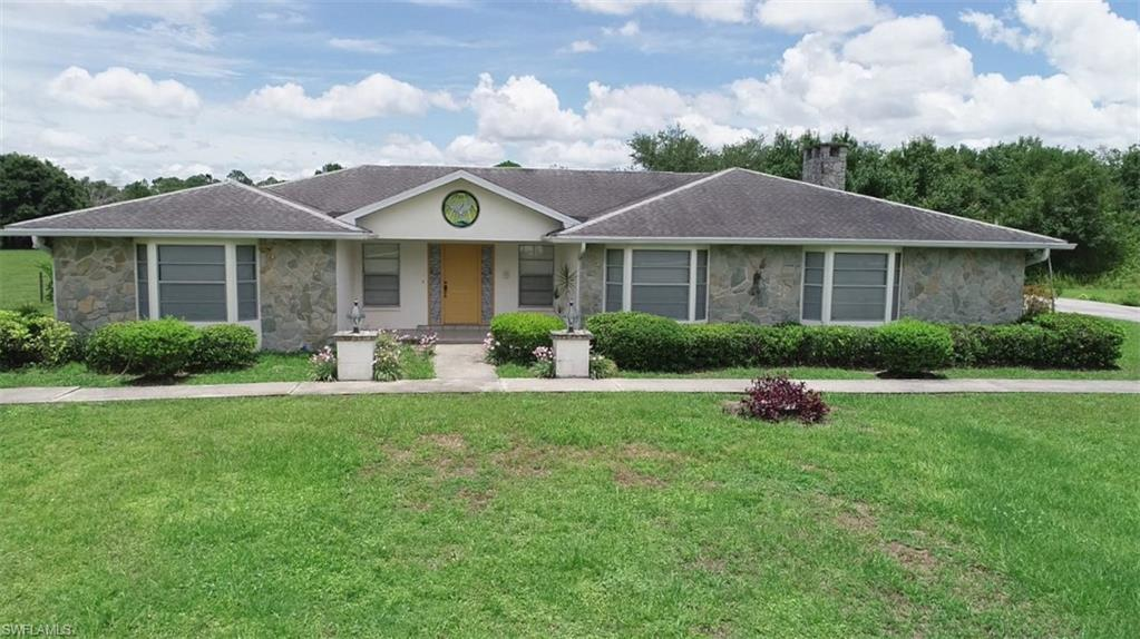 4967 Skates Circle Property Photo - FORT MYERS, FL real estate listing