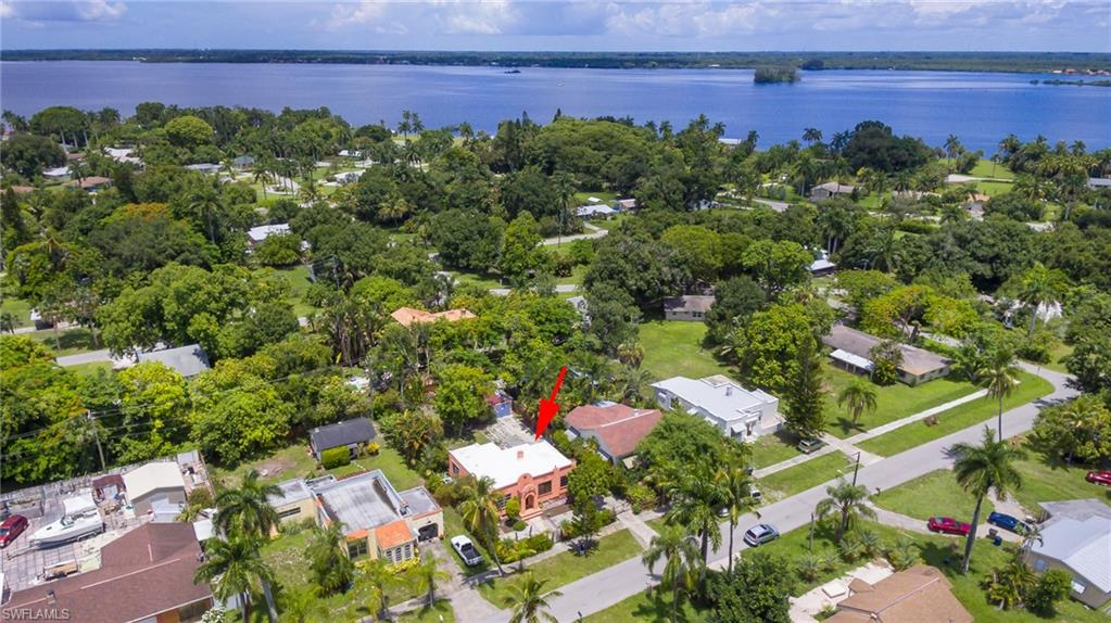 360 Arlington Avenue Property Photo - FORT MYERS, FL real estate listing