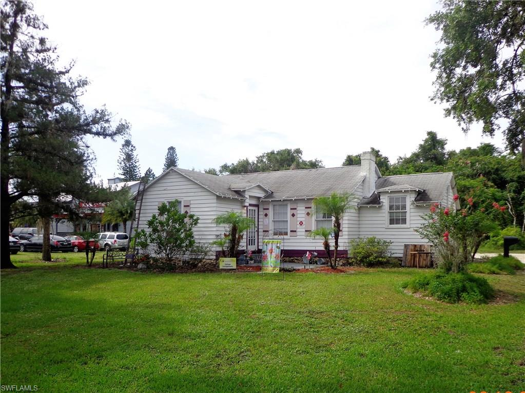 169 W Hickpochee Avenue Property Photo - LABELLE, FL real estate listing