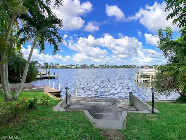 526 Cape Coral Parkway W Property Photo