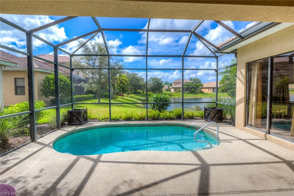 1395 SERRANO Circle Property Photo - NAPLES, FL real estate listing