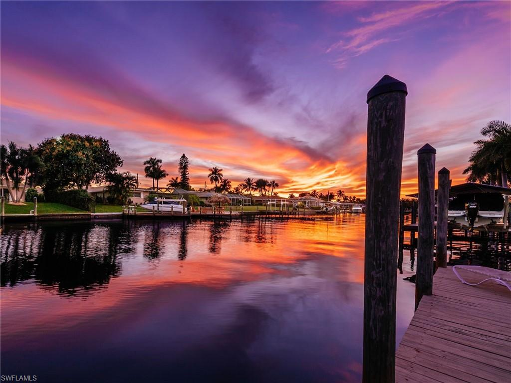 976 N Town And River Drive Property Photo - FORT MYERS, FL real estate listing