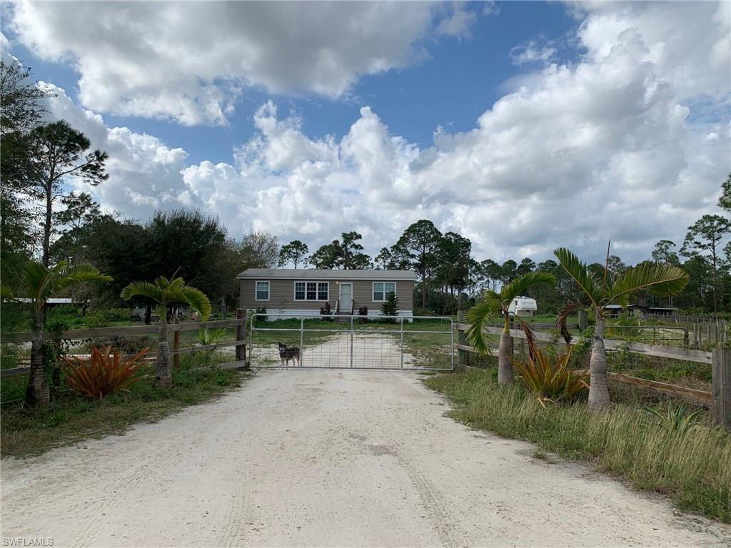 4155 Pioneer 16th Street Property Photo - CLEWISTON, FL real estate listing