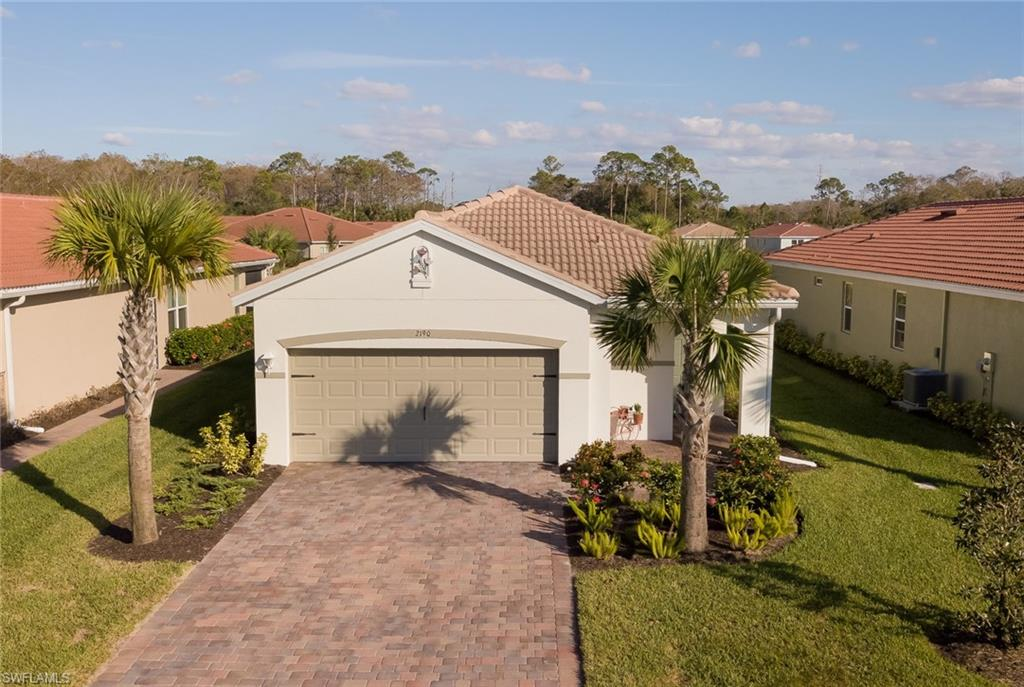 2190 Summersweet Drive Property Photo - ALVA, FL real estate listing