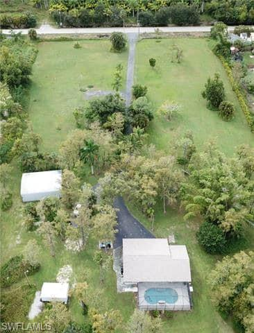 1050 Auto Ranch Road Property Photo - NAPLES, FL real estate listing