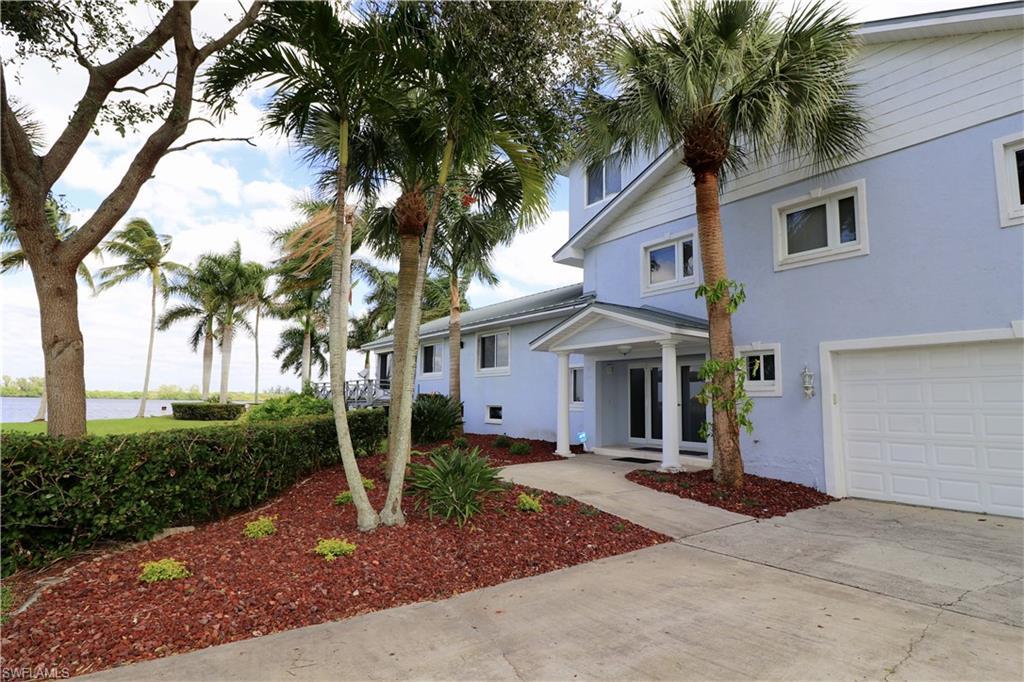 4568 E Riverside Drive Property Photo - FORT MYERS, FL real estate listing