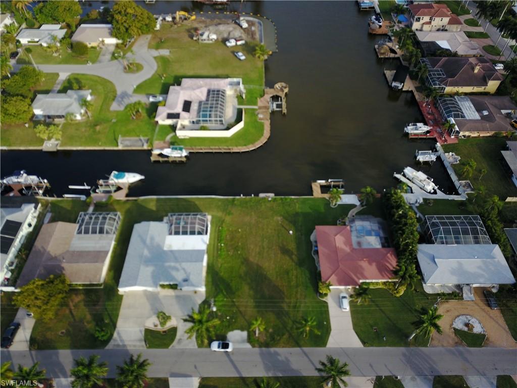 5349 Bayshore Avenue Property Photo