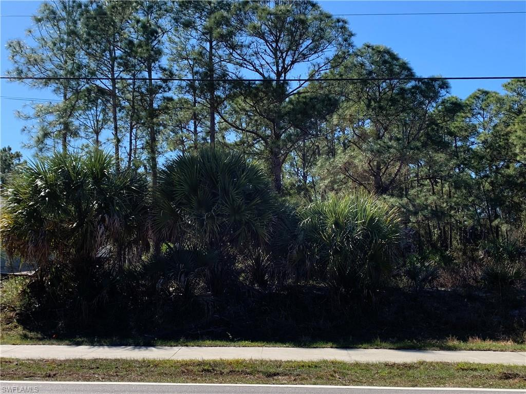 Jeannin Drive Property Photo - NORTH PORT, FL real estate listing