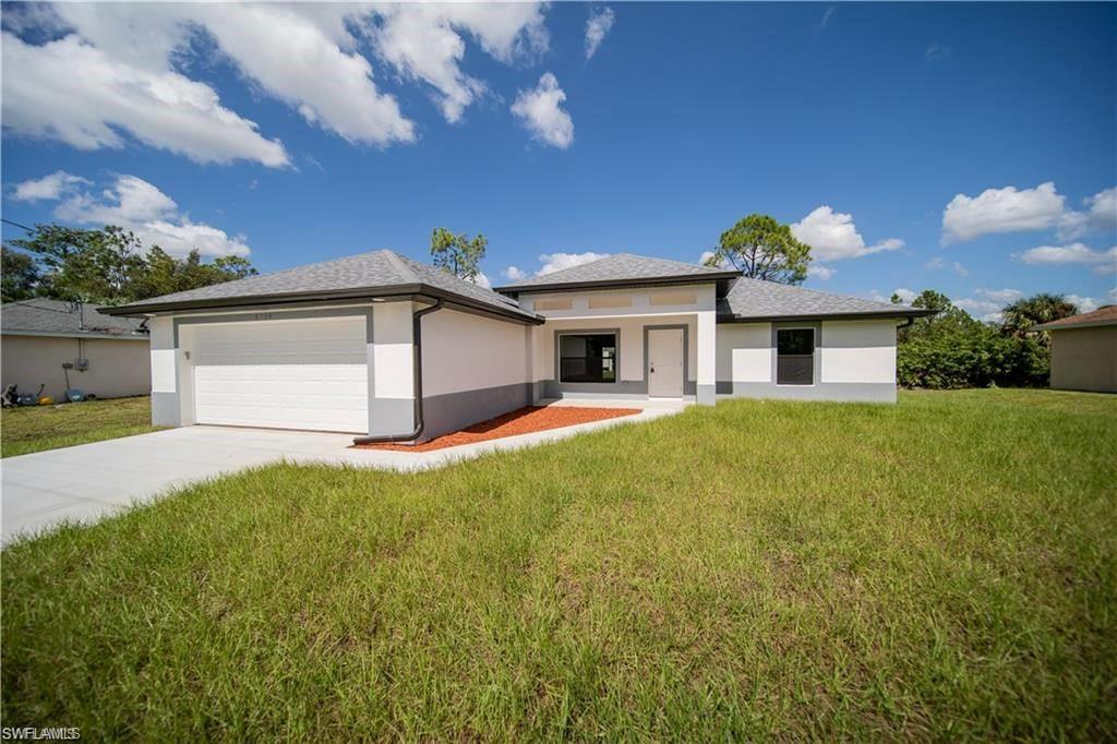 6411 Castlewood Circle Property Photo - FORT MYERS, FL real estate listing