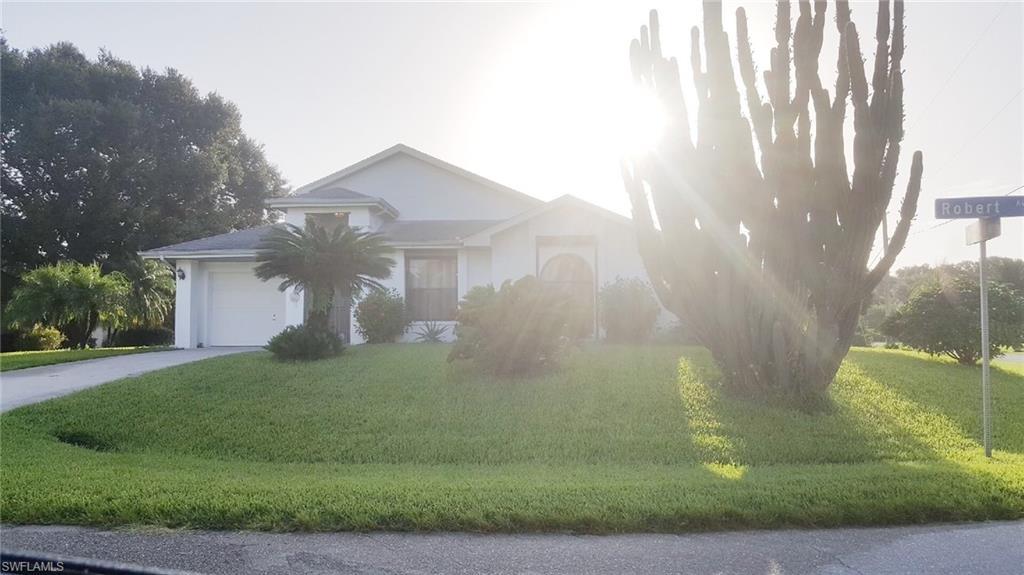 606 Robert Avenue Property Photo