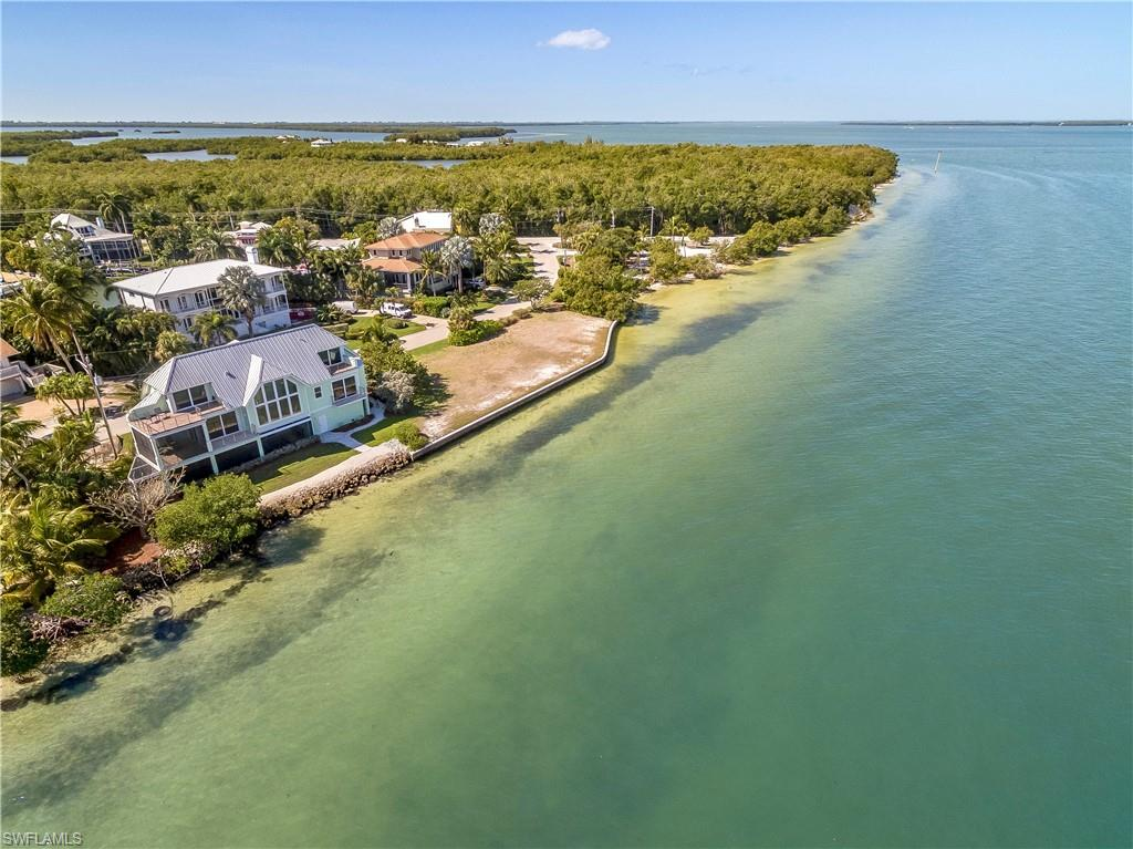 1558 San Carlos Bay Drive Property Photo - SANIBEL, FL real estate listing