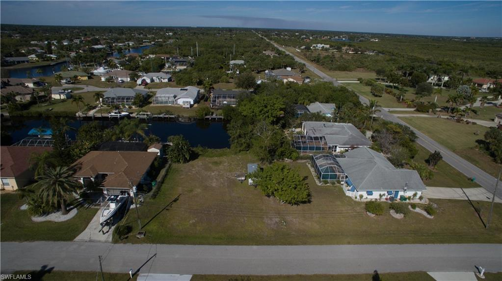19262 Pine Bluff Court Property Photo - PORT CHARLOTTE, FL real estate listing