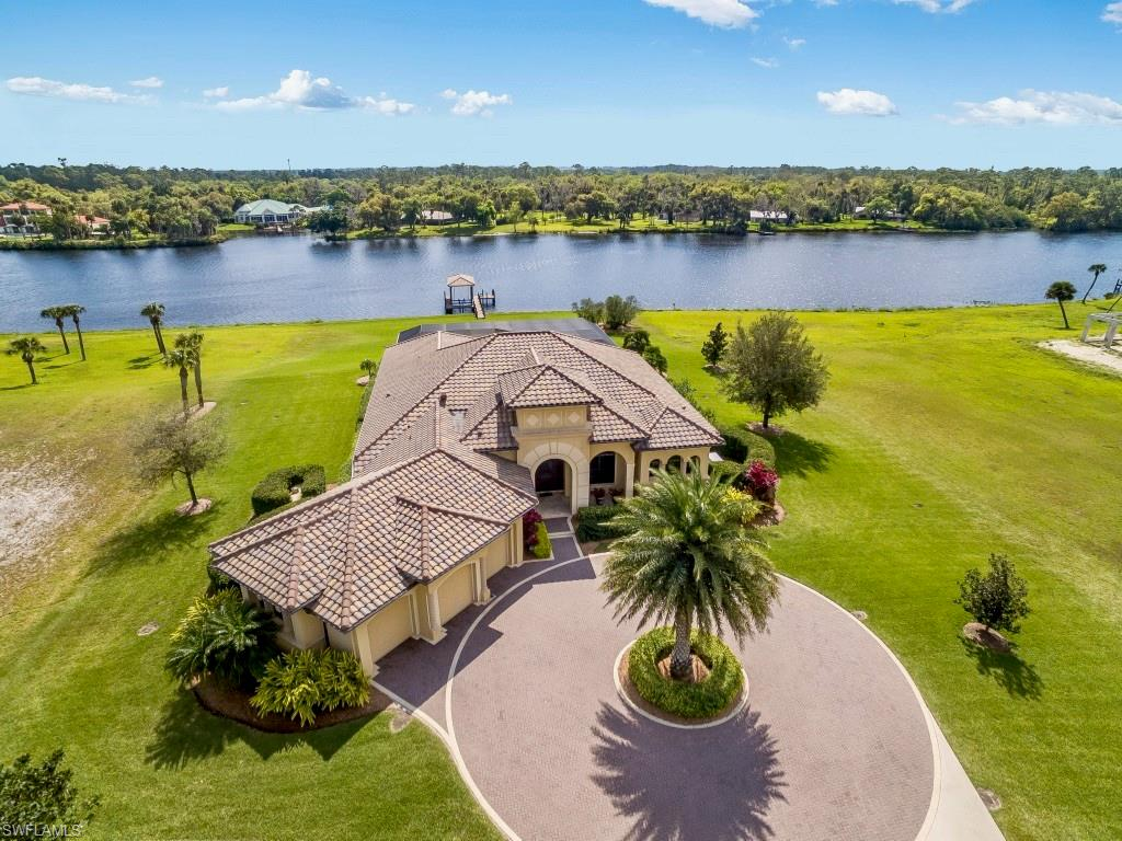 2520 Caloosa Shores Drive Property Photo - LABELLE, FL real estate listing