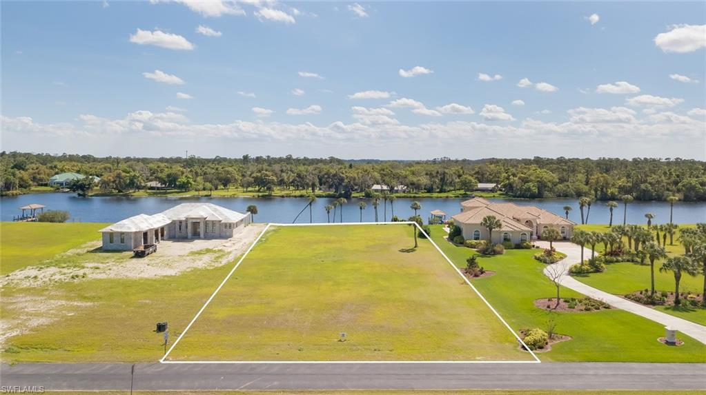 2508 Caloosa Shores Drive Property Photo - LABELLE, FL real estate listing