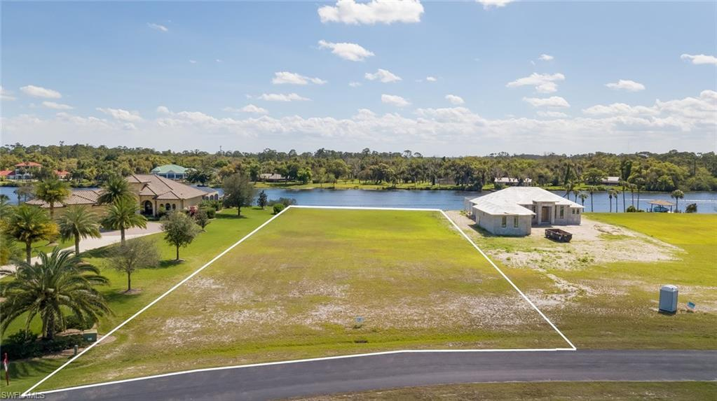 2516 Caloosa Shores Drive Property Photo - LABELLE, FL real estate listing