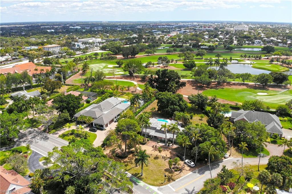 720 Banyan Boulevard Property Photo - NAPLES, FL real estate listing