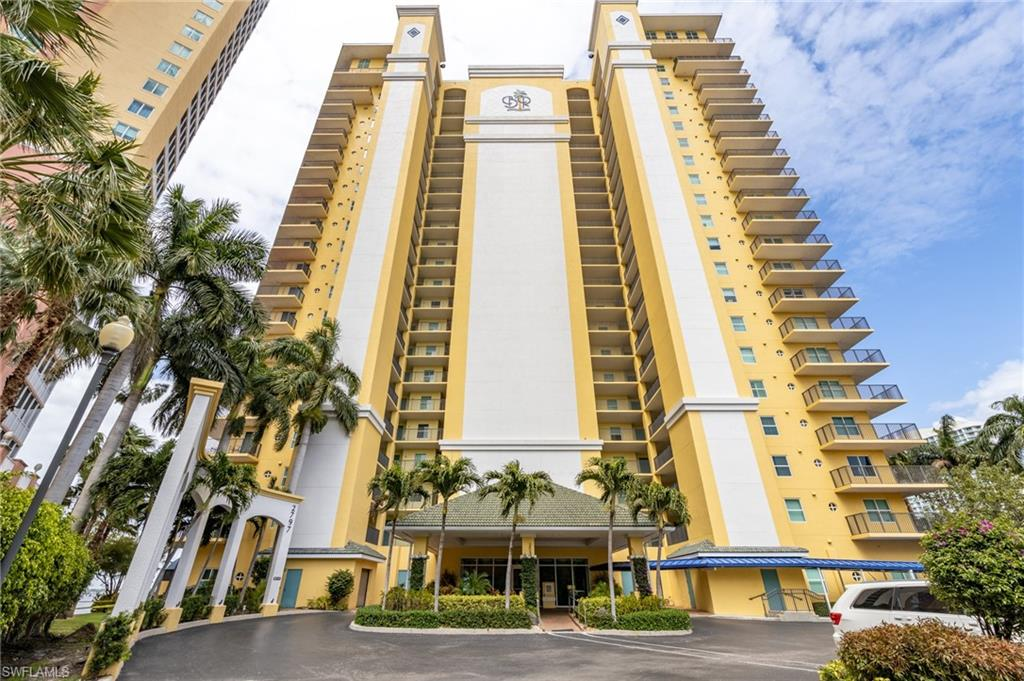 2797 1st Street #204 Property Photo - FORT MYERS, FL real estate listing