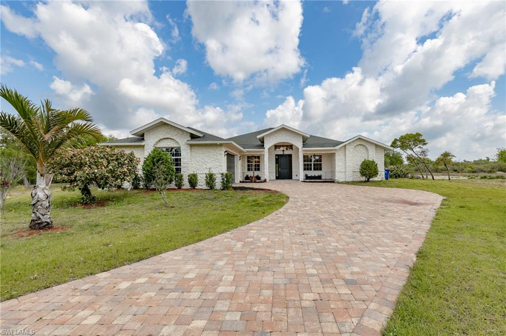 2440 Moore Avenue Property Photo - ALVA, FL real estate listing