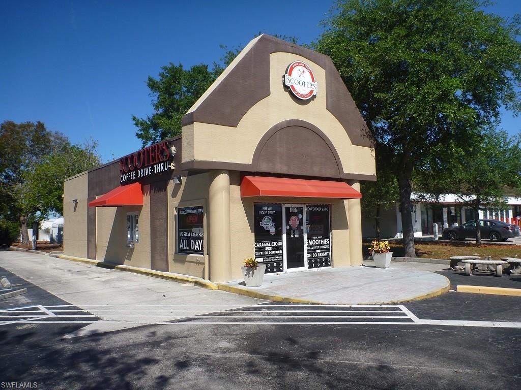 1014 Del Prado Boulevard S Property Photo