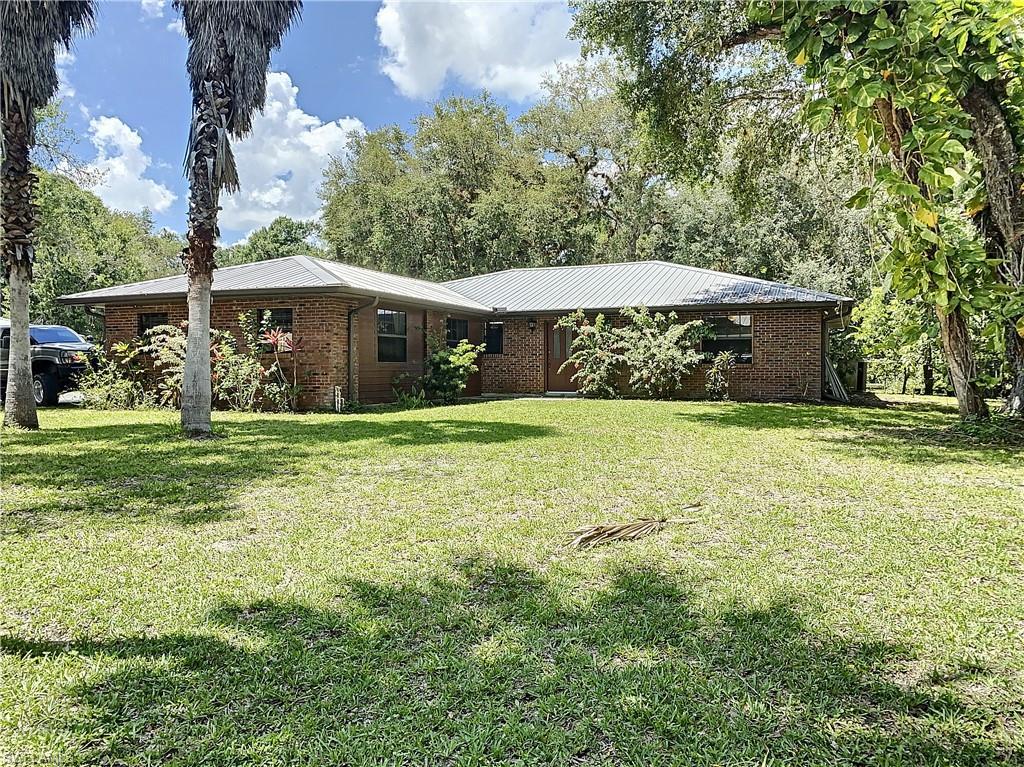 780 Oklahoma Avenue Property Photo - LABELLE, FL real estate listing