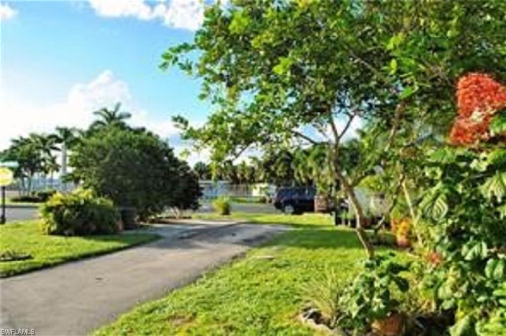 6 Jasper Drive Property Photo - NAPLES, FL real estate listing