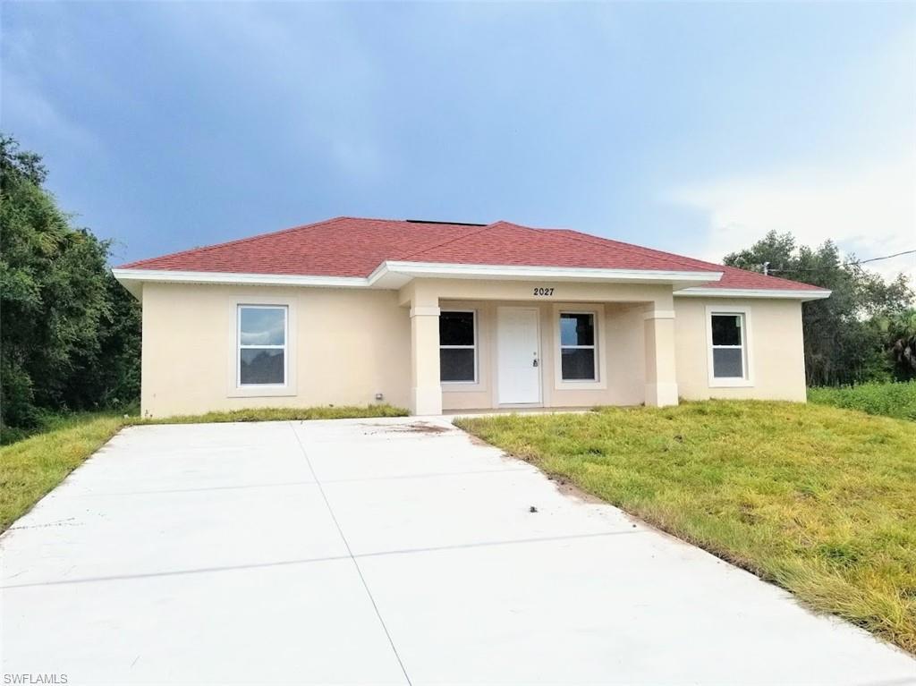 2027 Detroit Drive Property Photo - LABELLE, FL real estate listing