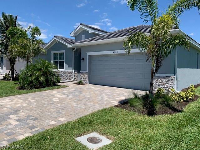 4320 Bluegrass Drive Property Photo - FORT MYERS, FL real estate listing