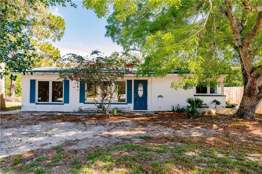 47 River Court Property Photo - NAPLES, FL real estate listing