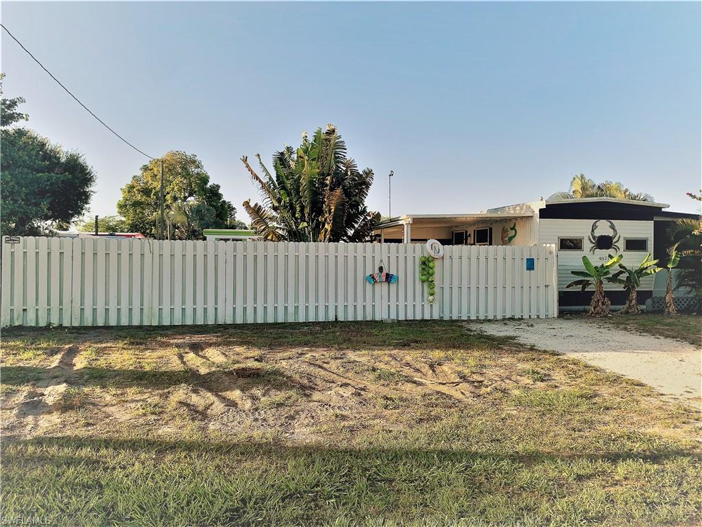 4821 Curlew Drive Property Photo - ST. JAMES CITY, FL real estate listing