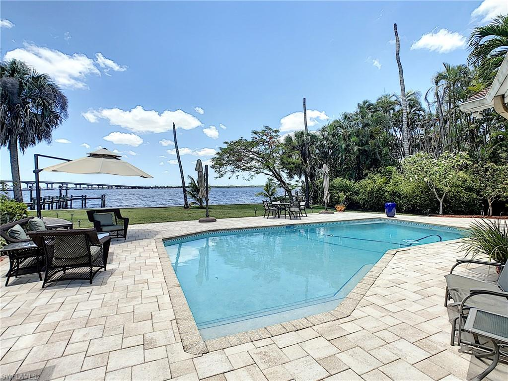 4113 W Riverside Drive Property Photo - FORT MYERS, FL real estate listing