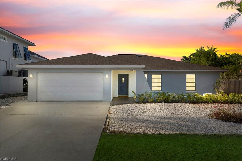 467 Oak Avenue Property Photo