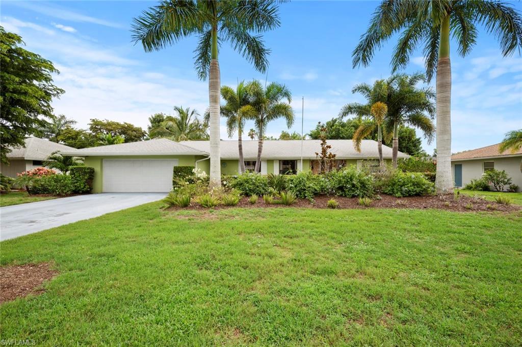 249 PEBBLE BEACH Circle Property Photo - NAPLES, FL real estate listing