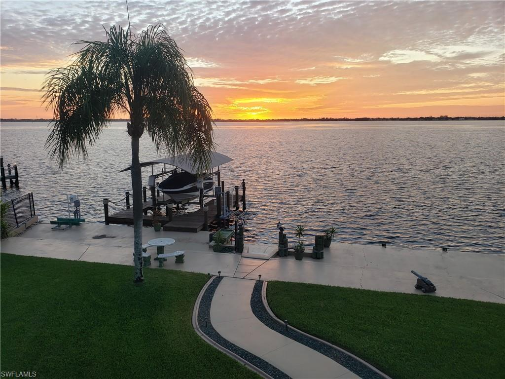 3611 SE 21st Place Property Photo - CAPE CORAL, FL real estate listing