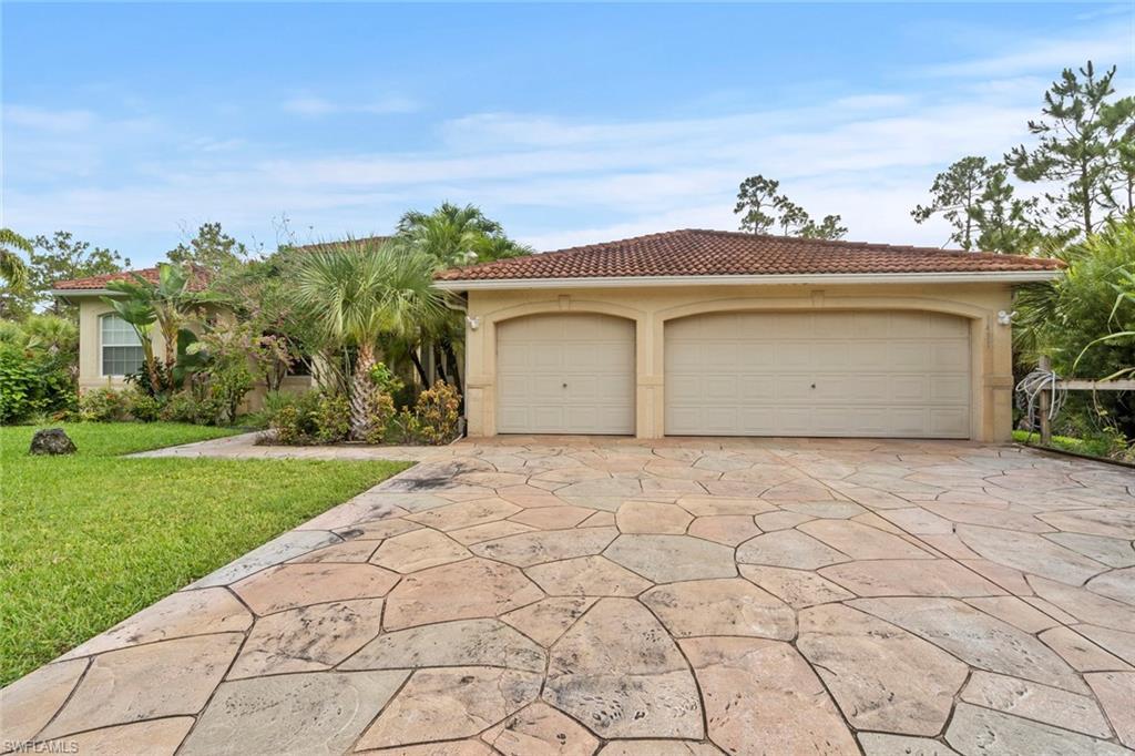 1431 16th Avenue NE Property Photo - NAPLES, FL real estate listing