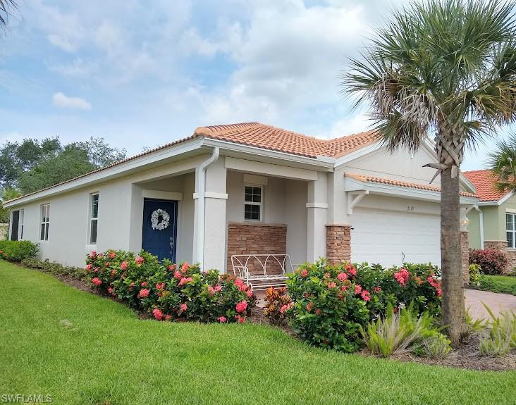 2179 Summersweet Drive Property Photo - ALVA, FL real estate listing