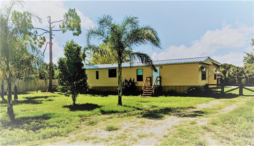 1138 Alligator Road Property Photo - MOORE HAVEN, FL real estate listing