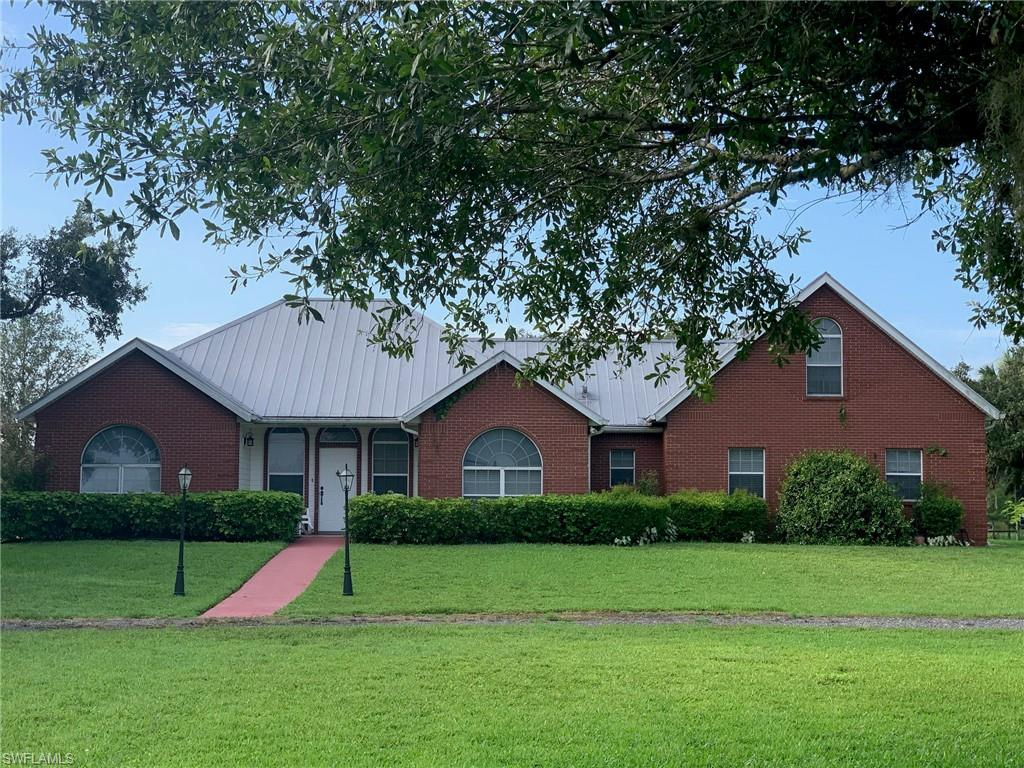 1752 Frontier Circle Property Photo - LABELLE, FL real estate listing
