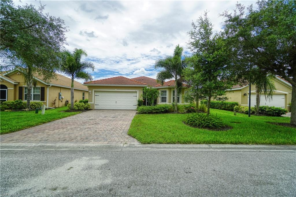 2923 Apple Blossom Drive Property Photo - ALVA, FL real estate listing
