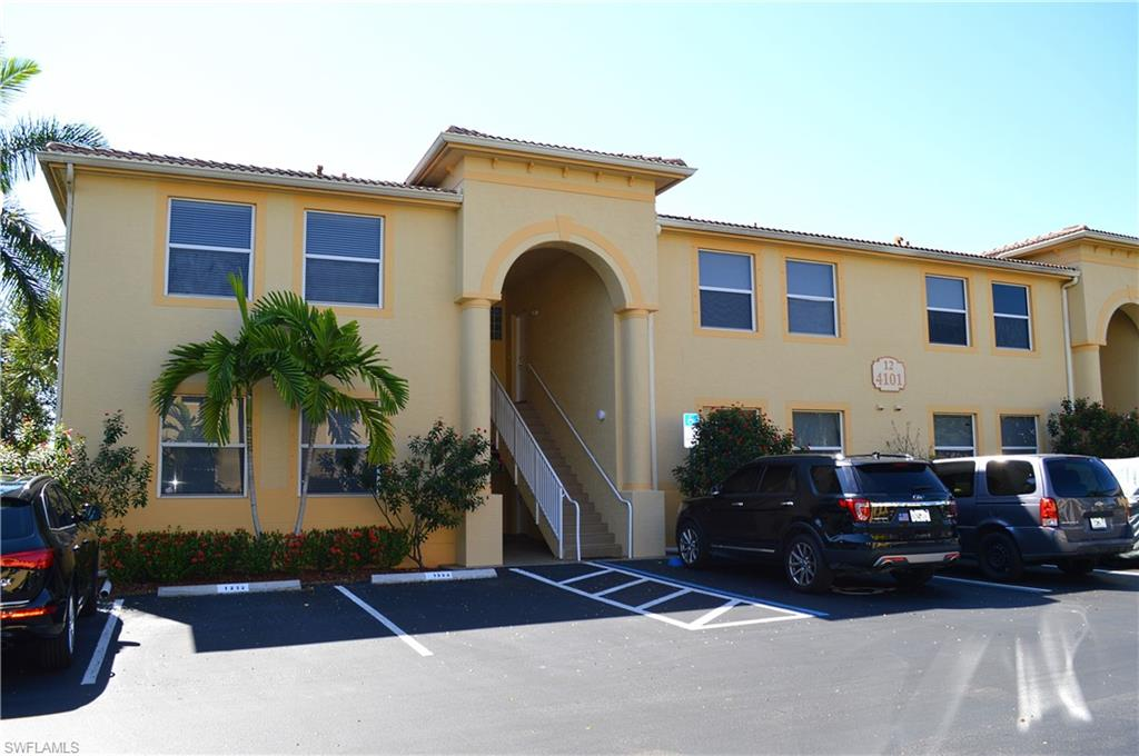 4101 Bellasol Circle #1221 Property Photo - FORT MYERS, FL real estate listing
