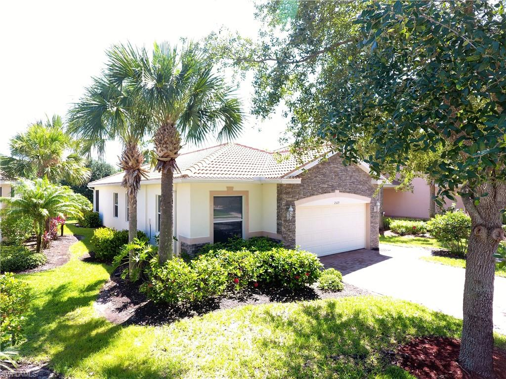 2529 Keystone Lake Drive W Property Photo - CAPE CORAL, FL real estate listing