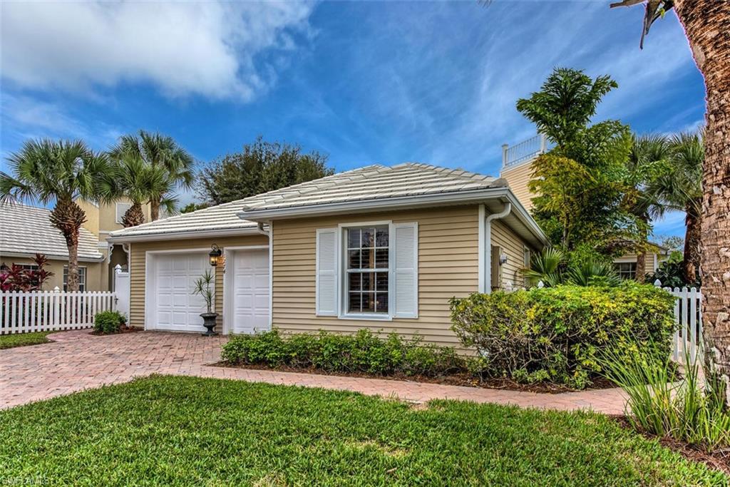 1274 Silverstrand Drive Property Photo - NAPLES, FL real estate listing