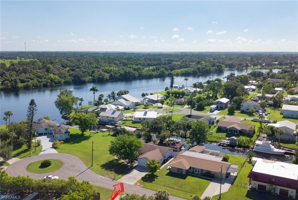 2131 Safe Harbour Court Property Photo - ALVA, FL real estate listing