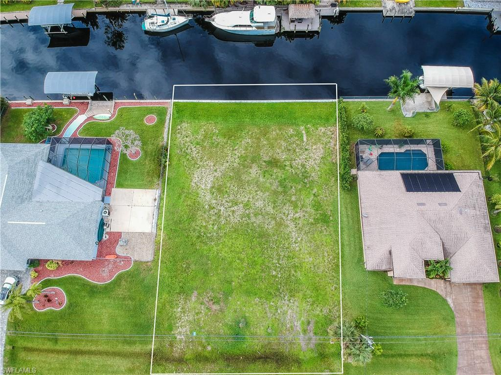 1976 Coral Point Drive Property Photo - CAPE CORAL, FL real estate listing