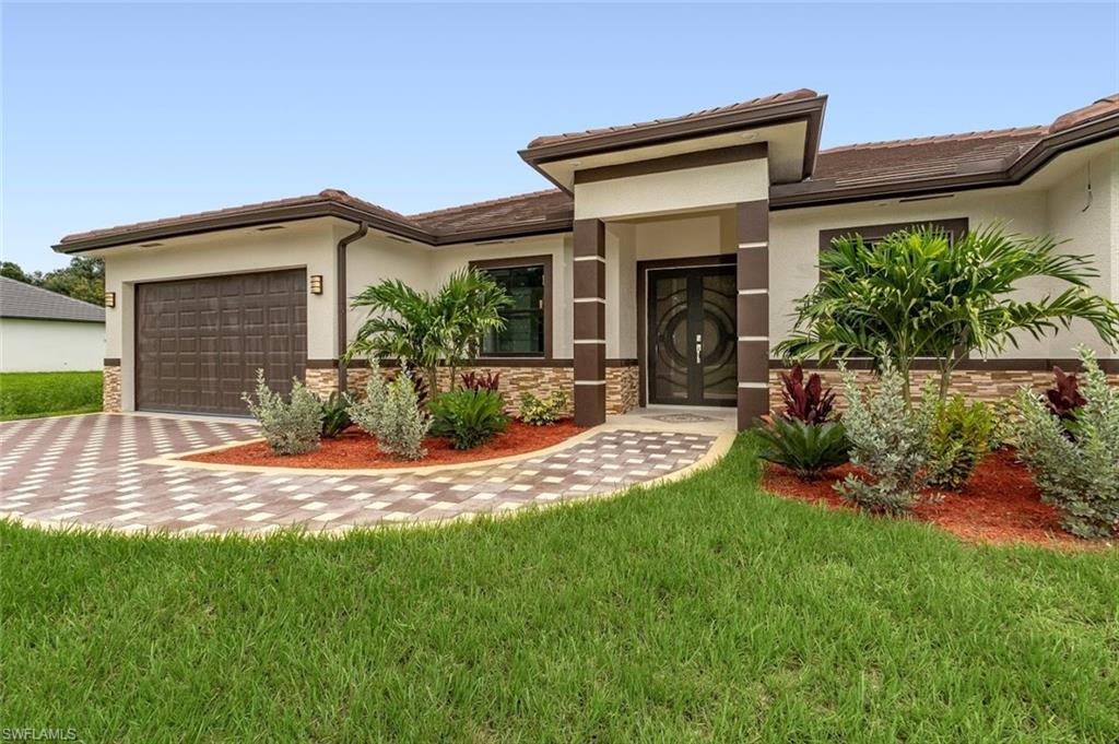 178 18th Street SE Property Photo - NAPLES, FL real estate listing