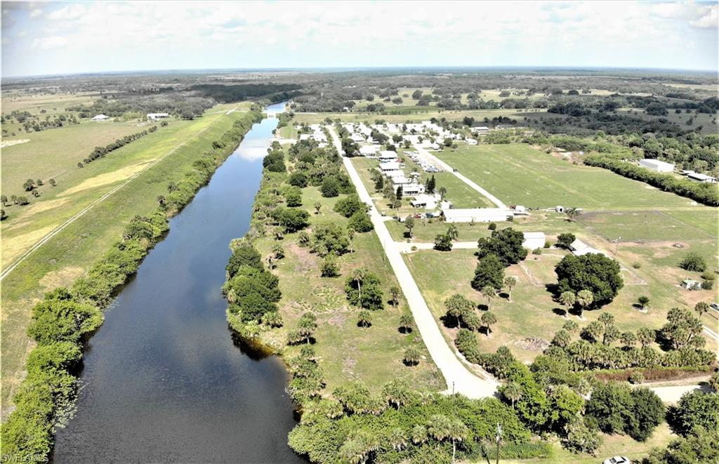 2755 Milum Drive Property Photo - MOORE HAVEN, FL real estate listing