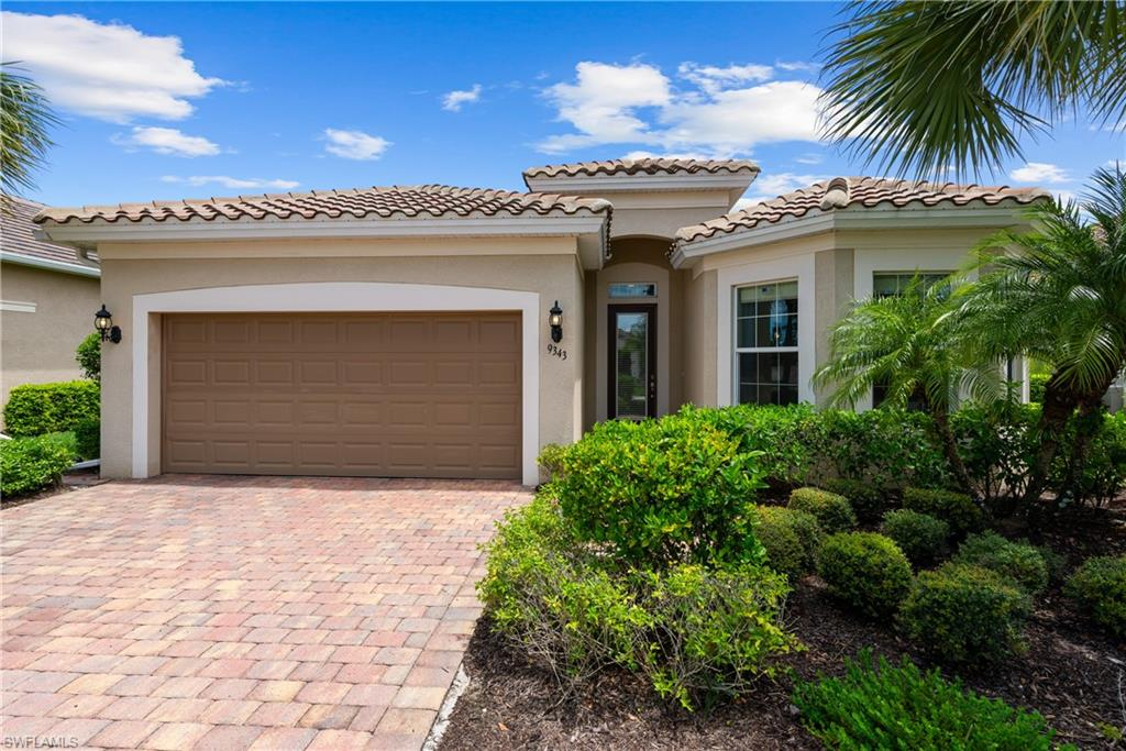 9343 Fieldstone Lane Property Photo - NAPLES, FL real estate listing
