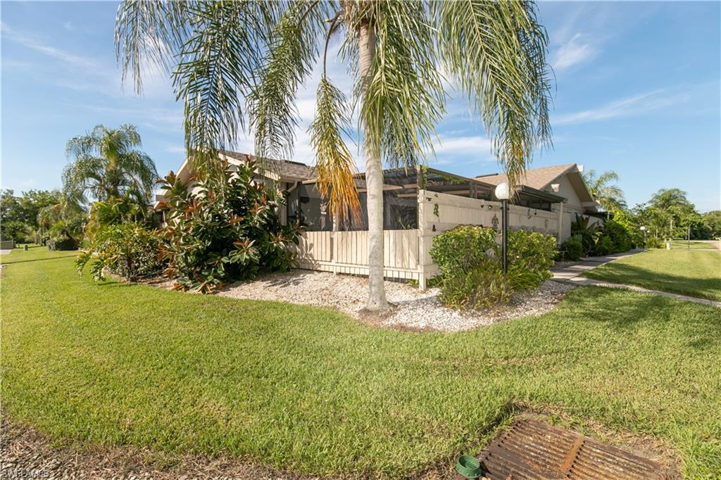 15536 Crystal Lake Drive Property Photo - NORTH FORT MYERS, FL real estate listing