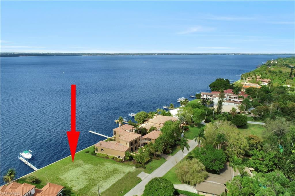 3924 W Riverside Drive Property Photo - FORT MYERS, FL real estate listing